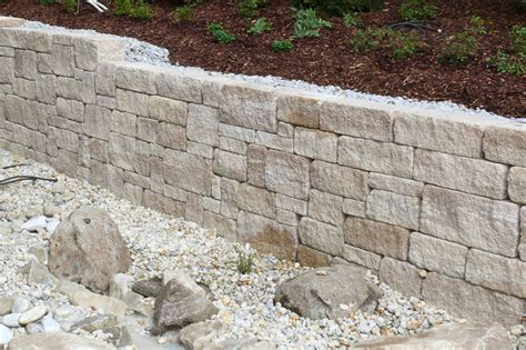garten mauer mauer trockenmauer stein gartengestaltung gartenbau