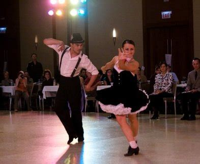 swing classes chicago dance classes chicago basic swing dance lesson dabble