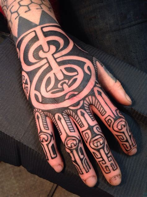 hand tattoo tribal 11 maori on tattoochief