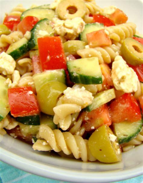 pasta sald family feedbag mediterranean pasta salad