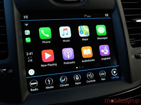 U Connect Chrysler by 2018 Chrysler Uconnect Review Back And Forth Mobilesyrup
