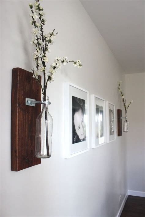 ideas on hanging pictures in hallway best 25 hallway decorating ideas on pinterest picture