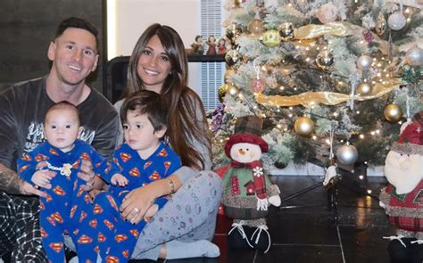 Family Natal I Do lionel messi and family getting in the spirit barca spo