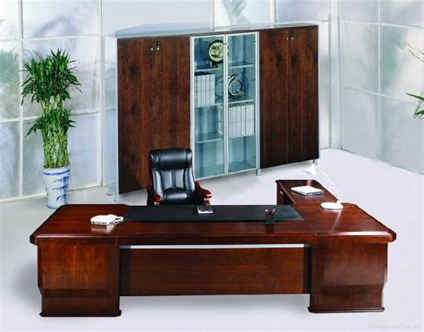 Office Executive Desk Furniture How To Choose Executive Office Furniture Home Designs Project