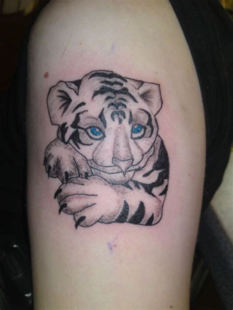 snow tiger tattoo designs 60 best baby tiger cubs tattoos designs with meanings