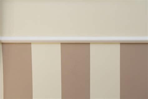 Streifen Streichen Wand by W 228 Nde Professionell Gestalten Stuckleisten Und Streifen