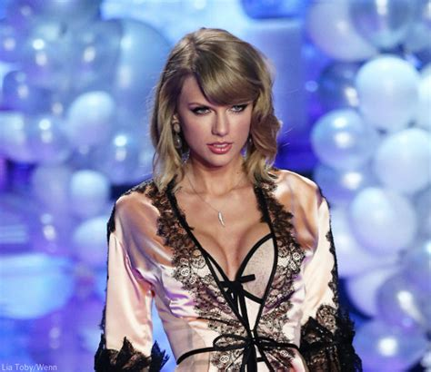 taylor swift style live victoria s secret photos did taylor swift get a boob job before and after