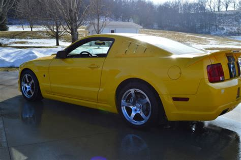 accident recorder 2006 ford mustang user handbook 2006 roush ford mustang gt coupe stage 3 2 door 4 6l yellow w black stripe