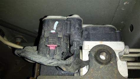 2001 gmc sierra 2500 transmission control module partstrain com 2003 gmc yukon abs control module failure 4 complaints