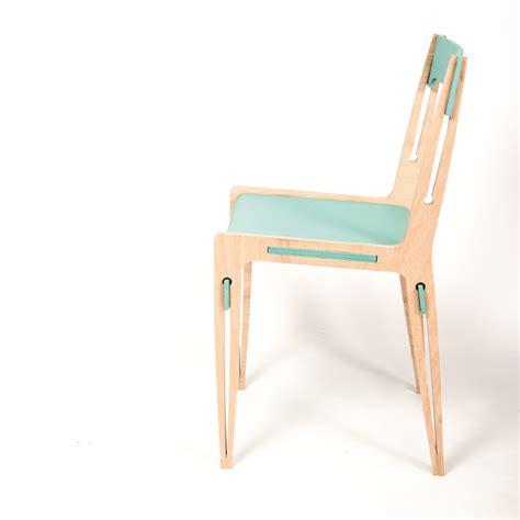 3 suisses chaises 151 les 3 suisses chaises lot de 2 chaises en bois