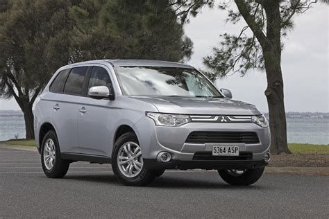 2013 mitsubishi outlander review caradvice