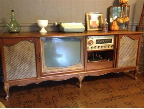 1950's Curtis Mathes TV/Stereo Cabnet, Wood   $5500