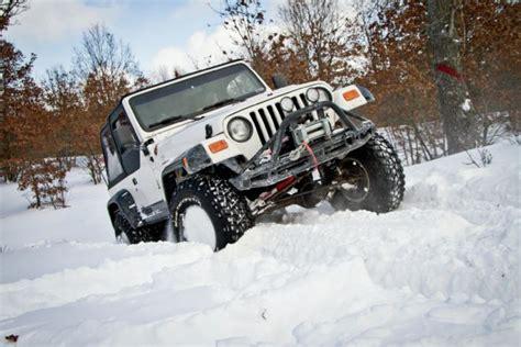 jeep wrangler in snow jeep wrangler snow tracks images