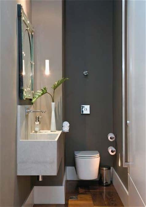 decorar un baño de visitas m 225 s de 1000 ideas sobre peque 241 os espacios de oficina en