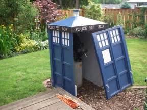 doctor  tardis telescope shed pic global geek news