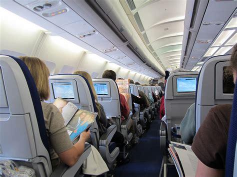 balli con il sedere i posti migliori in aereo consigli per viaggiare comodi e