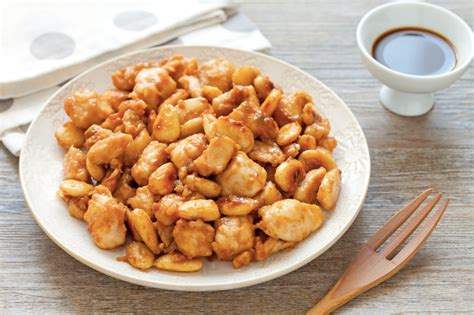 cucina cinese pollo alle mandorle pollo alle mandorle il piatto pi 250 ordinato nei ristoranti