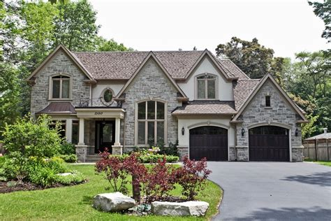 Oakville Sets New Record In Luxury Home Sales Luxury Homes For Sale Mississauga