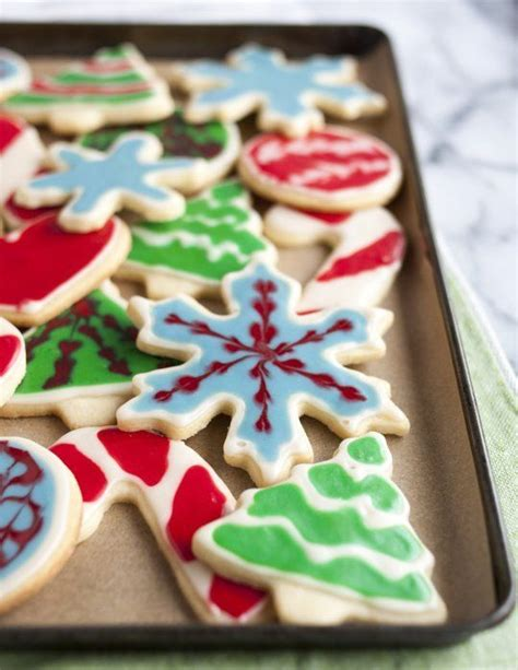 How To Decorate Cookies by How To Decorate Cookies With Icing The Easiest Simplest