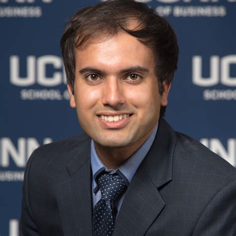 Mba Connecticut by Divij Munjal Uconn Mba Program