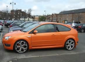 Orange Ford Photo