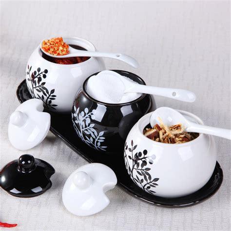 Ceramic Seasoning Jar Set 4 Tipe C beautiful seasoning bottle ceramic 3pcs set spice jar