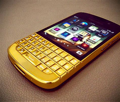 blackberry q10 gold www pixshark images galleries with a bite