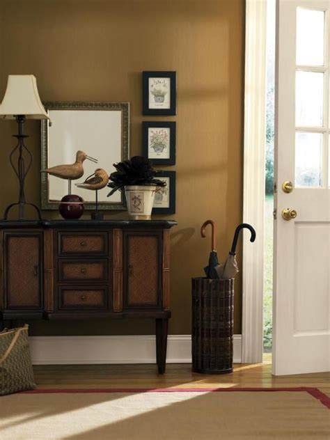 foyer colors get the look at designer s top picks for foyer paint