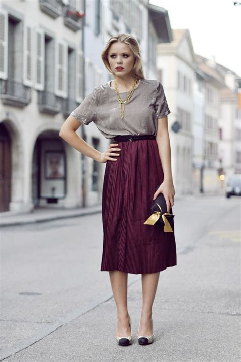 Dress Midi Sabrina Purple Maroon Midi Dress Sabrina Ungu Abu Abu how to embrace the midi length style glam radar