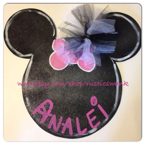 Minnie Mouse Hanger minnie mouse wooden door hanger by rusticswank on etsy