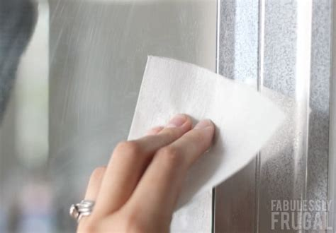 Cleaning Shower Doors With Dryer Sheets 25 New Ways To Use Dryer Sheets