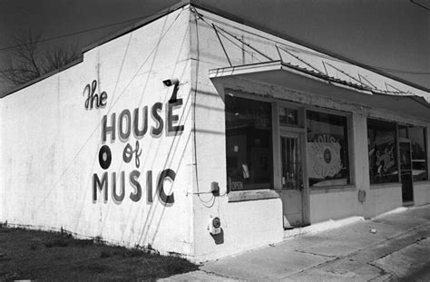house of music black and white july 2009