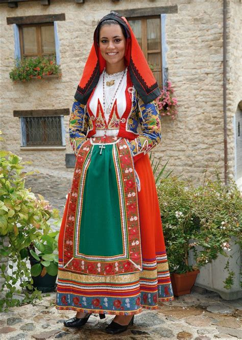 s a traditional dresses pictures 17 best images about italian traditional clothing on