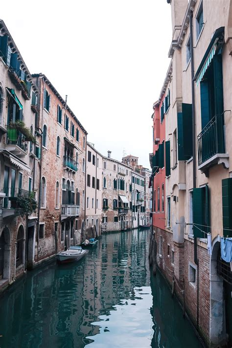 Airbnb Venice | the ultimate airbnb guide to italy to vogue or bust