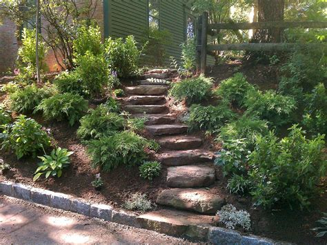 backyard walkway ideas affordable front yard walkway landscaping ideas 52