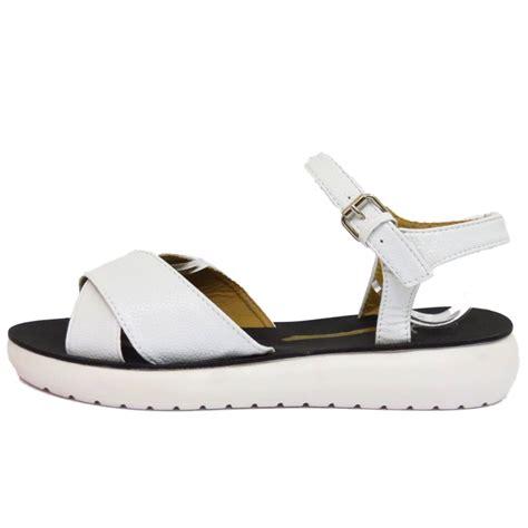 flat comfy shoes flat white comfy sandals flip flop strappy pumps
