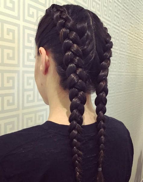 treccia sulla testa tendenza capelli 2016 le trecce della primavera marieclaire