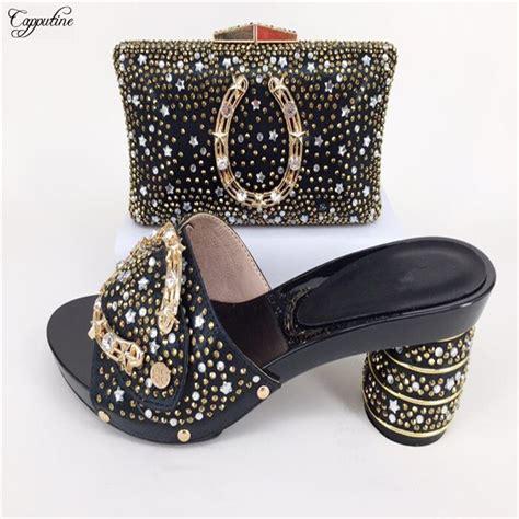 Noble Pattern Black High Heel Shoes And Handbag Set For