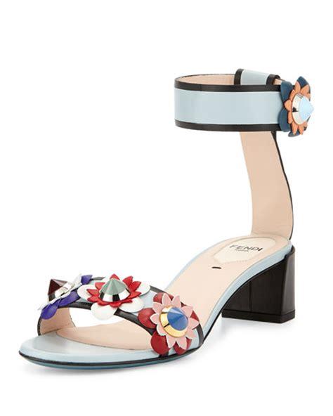 Diskon Fendi Flower Sneakers fendi flowerland leather ankle wrap sandal new gray neiman