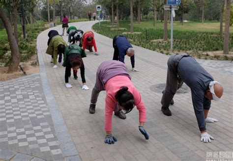 Walking Craze by Newest Fitness Craze To Hit China Walking On Your