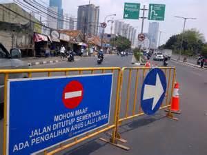 unoptimal socialization of traffic engineering on jalan kh mas