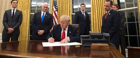 trump in oval office office 2017 office 2017 live portable h33tdeepstatus