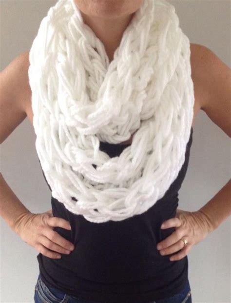 arm knitting scarf step by step 17 migliori idee su arm knitting tutorial su