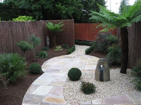 No Grass Willow Fencing Garden Design Ideas Small Rear Garden Pinterest