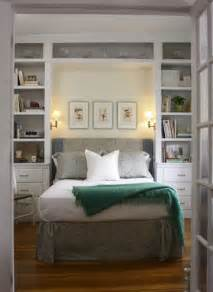 Bedroom Bookshelves Bookcases Around Bed Home Design Ideas Pictures Remodel