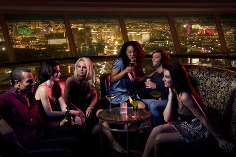 top bars las vegas bars and clubs with unbeatable las vegas views las vegas