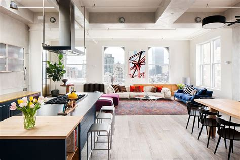 livingroom soho cheerful manhattan loft unleashes color and deft creativity