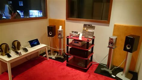 dedicated listening room sony s new speakers demoed ss na5es bookshelves srs x7 and srs x5 hardwarezone sg