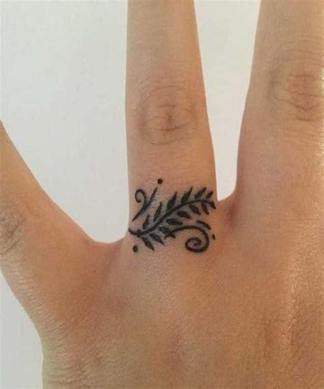 best 25 finger tats ideas best 25 finger tattoos ideas on henna finger