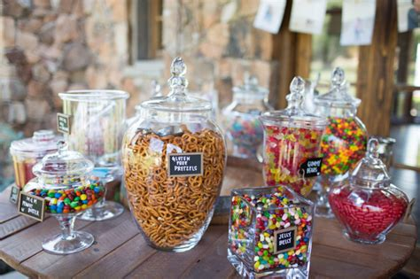 wholesale for wedding buffet how to save money with these buffet ideas